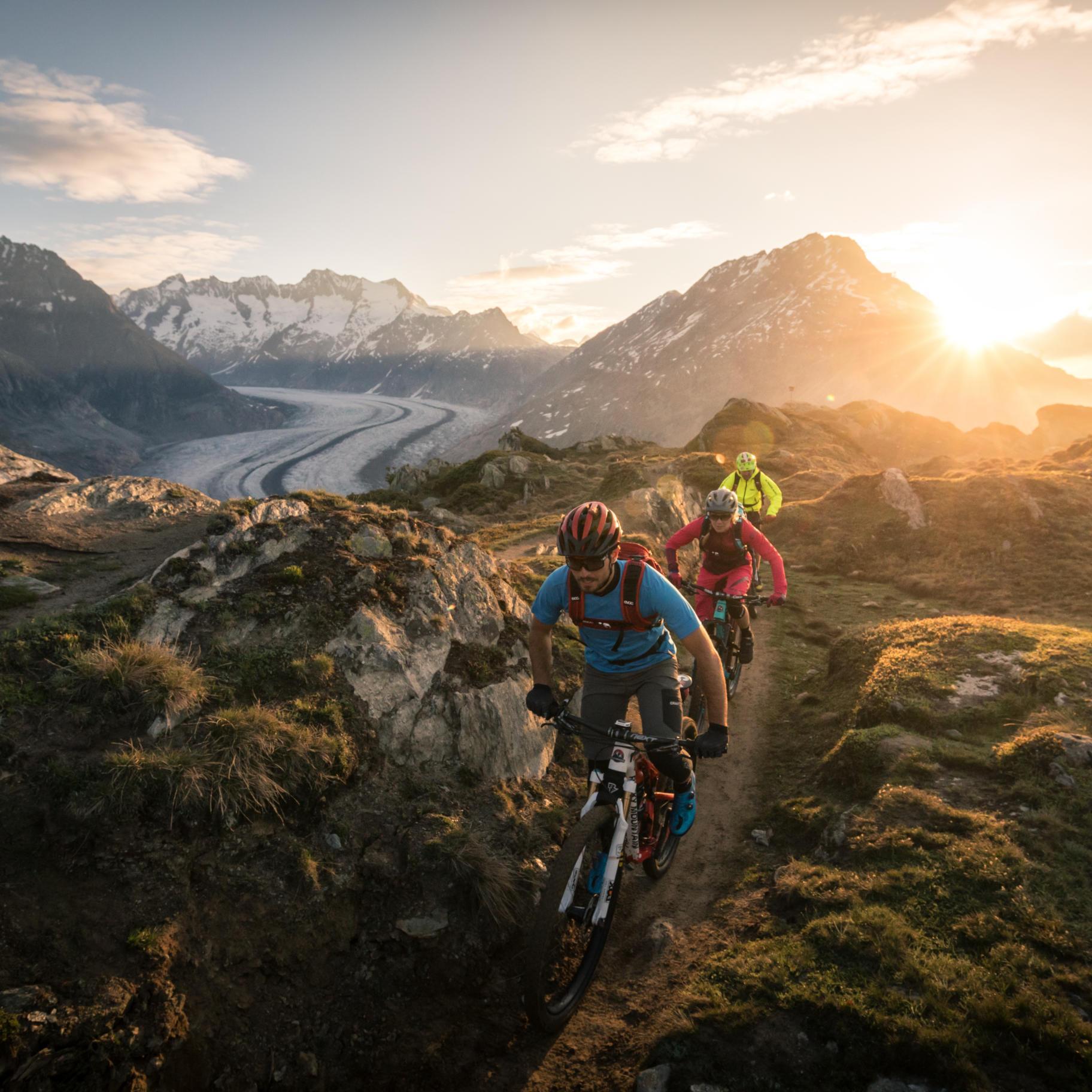 Stoneman-Glaciara-Mountainbike-Schweiz-Matterhorn-Aletsch-MTB-Tour-Abenteuer-Event 01